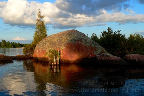 whale-island837-web
